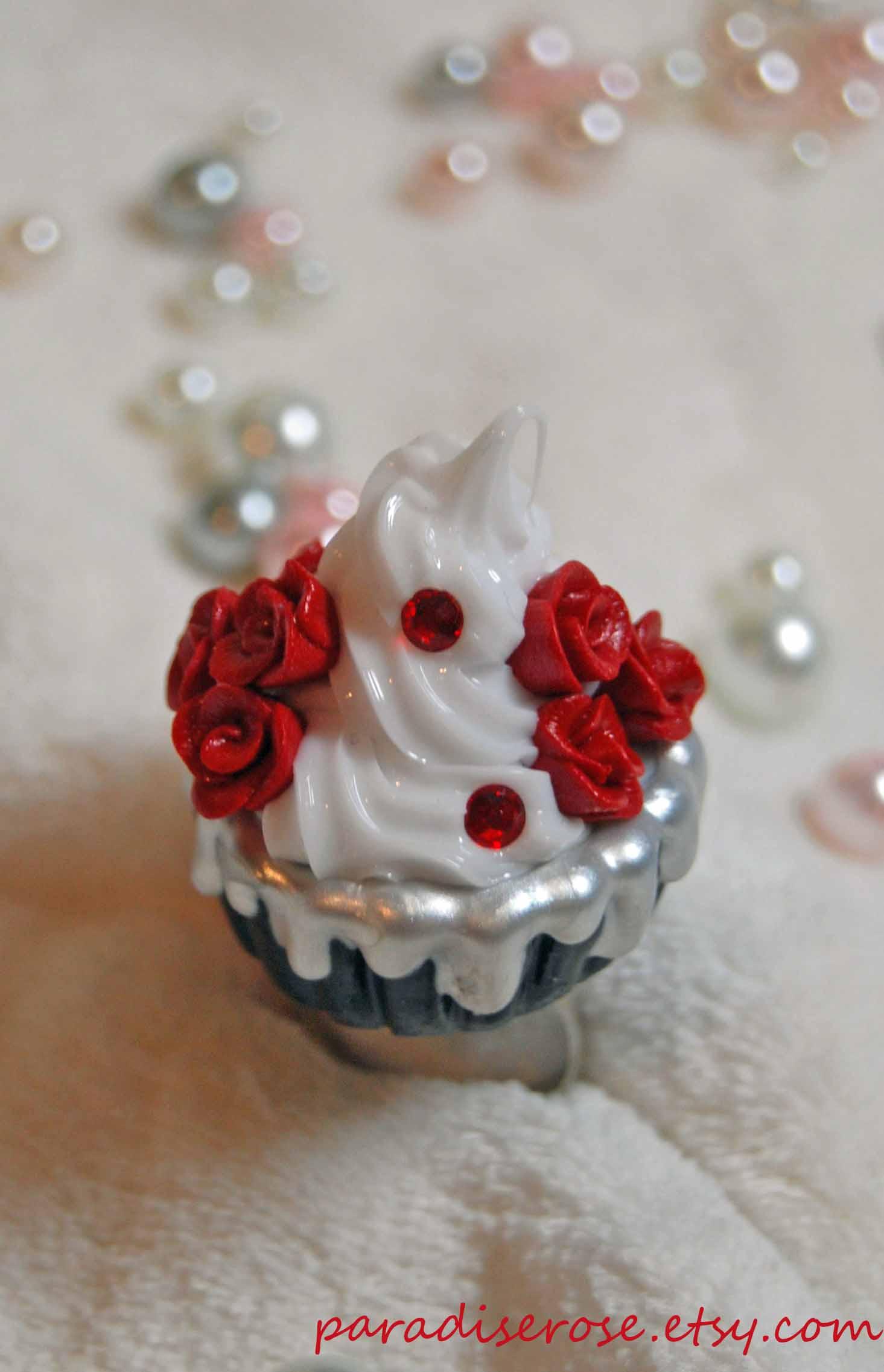 Rose Cupcake Ring