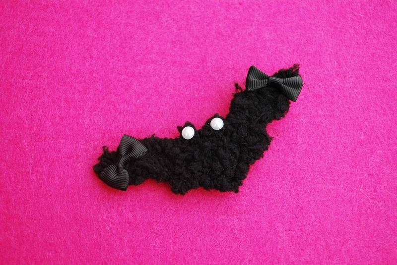 Bat Clip